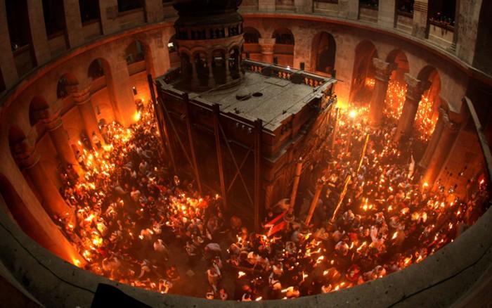 El milagro del fuego santo en Jerusalen